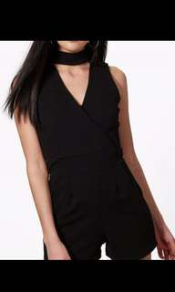Sleeveless black play suit
