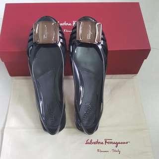 Salvatore Ferragamo Bermuda US5 in Black with Bronze buckle