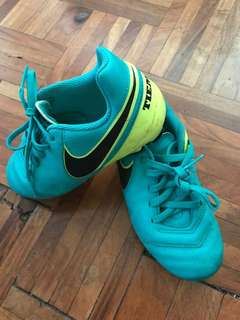 Nike Tiempo kids soccer shoes