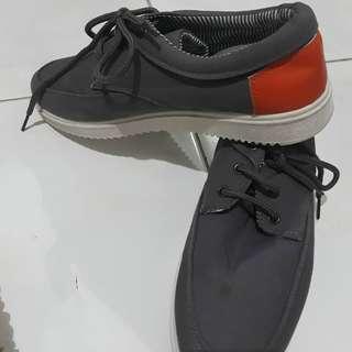sepatu  cwok /cwek
