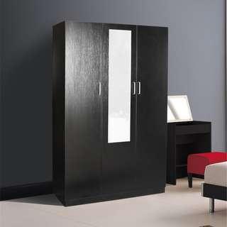 Clearance! Brand new 3 door wardrobe with mirror