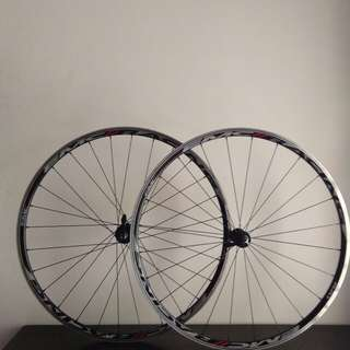EMC RACING Roadbike wheelset