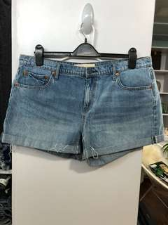 Gap Girlfriend Short W36 L12, Preloved, Excellent Condition