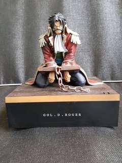 Gold D Roger Figurine