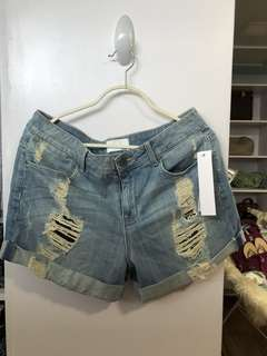 Fade to Blue Ripped Jeans Short W33 L12 - BN with tags