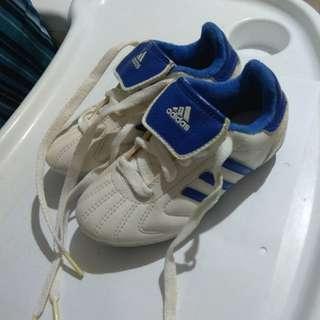 Adidas 波鞋 (足球鞋)