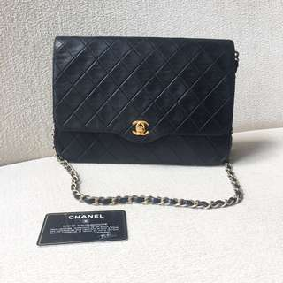 AUTHENTIC CHANEL Lambskin Flap Bag