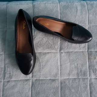 Clarks cone heels