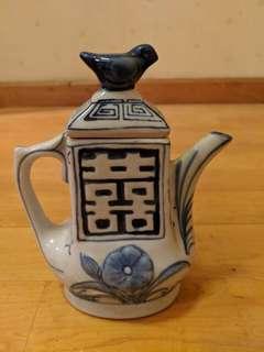 乾隆年製古董茶壼 Antique tea pot