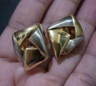 Pierre cardin clip earring