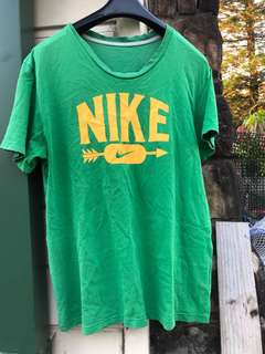 Nike Vintage Green/Gold T shirt
