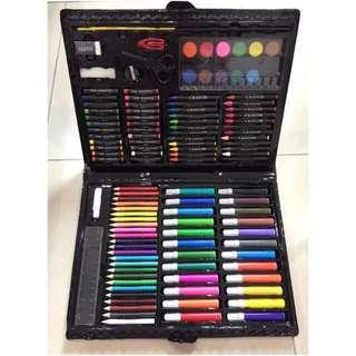 Color Pen 120-Piece Deluxe Art Set