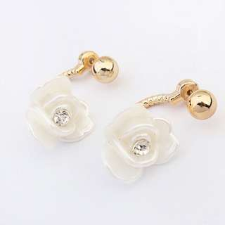 Korean design white floral earrings