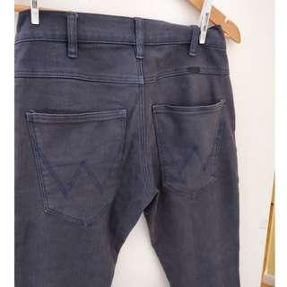 Mens Wrangler Strangler skinny Jeans Size 28.