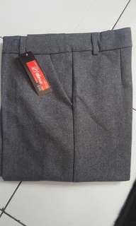 Celana bahan Abu abu Size M
