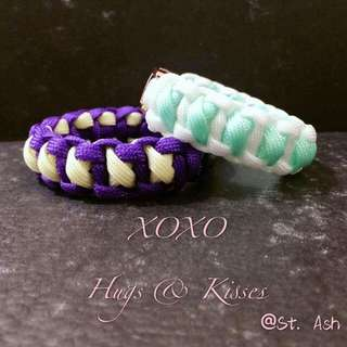 Paracord Bracelet - XOXO Hugs & Kisses