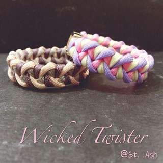 Paracord Bracelet - Wicked Twister