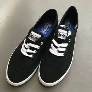 BN Keds canvas sneaker