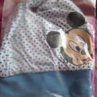 topi baby mickey mouse