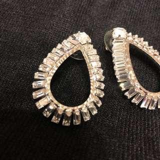 🚚 亮晶晶耳環