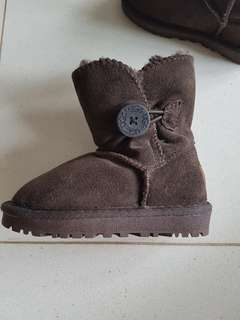Uggs boots size 26 dark brown