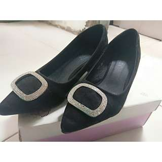 Heels lawrensia black
