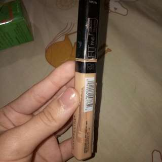 Fit me maybelline concealer shade sand(no 20)