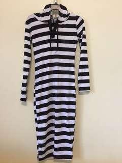 條紋腰身長裙