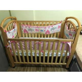 Baby to Toddler Cot/Crib Great Conditions