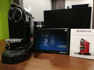 Nespresso D122 CitiZ & Milk Coffee Machine - Limousine Black