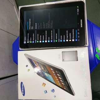 Samsung Tab 7.7 Amoled display fullset spek bagus