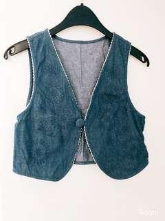 Denim vest - above waist