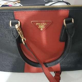 PRADA SAFFIANO BAG WITH SLING