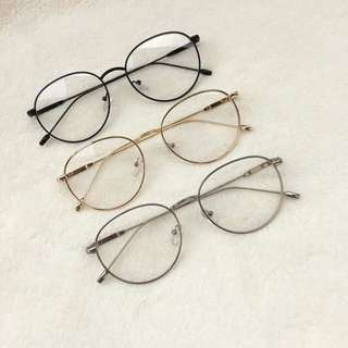 Unisex specs replaceable lenses