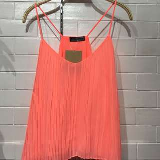 (BRAND NEW) Salmon pleated top