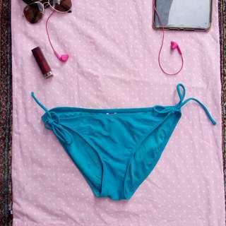 Op bikini buttom