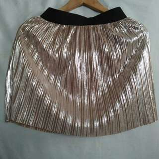 Gold pleated mini skirt