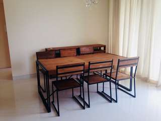 Industrial table & 6 chairs