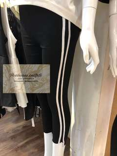 TMO 011 Jeggings with double stripe One designs only Rm60 exclude postage Available size : L , XL & XXL (small cutting) Ready stock 🔥 Material : cotton & stretchable