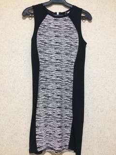 H&M White/black bodycon dress