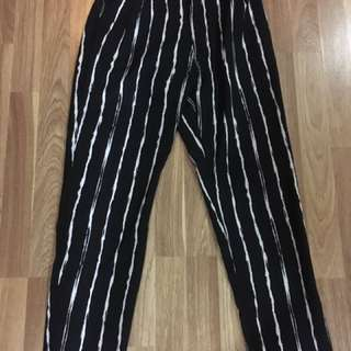 Milk tee striped pants