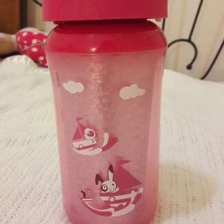 Avent 9-18mths insulated tumbler