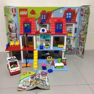 Preloved Lego Duplo 5795 Big City Hospital
