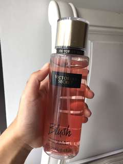 Victoria Secret - Body Mist & Body Lotion