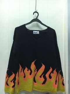 🚚 火焰圖騰針織上衣