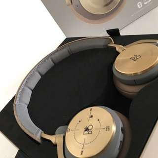 Beoplay H8  Wireless Headphone On Ear