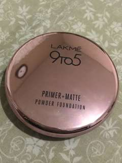 Lakme 9to5 Reinvent Primer+Matte Powder Foundation