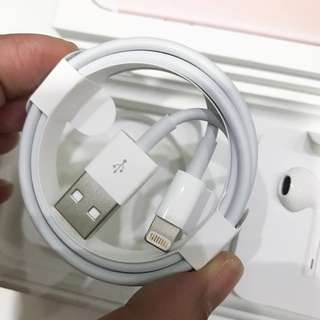 APPLE ORIGINAL BRAND NEW IPHONE LIGHTNING TO USB CABLE