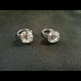 Fallen diamond
