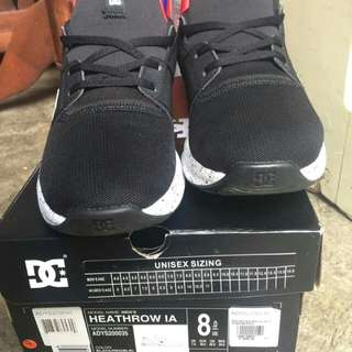 Dc Heathrow IA Size 8